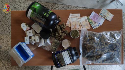 """Cardano al Campo, un """"cannabis market"""" nella villetta di famiglia: arrestato giovane spacciatore"""
