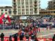 La carica dei 400 bambini invade piazza Repubblica per le Pulciniadi