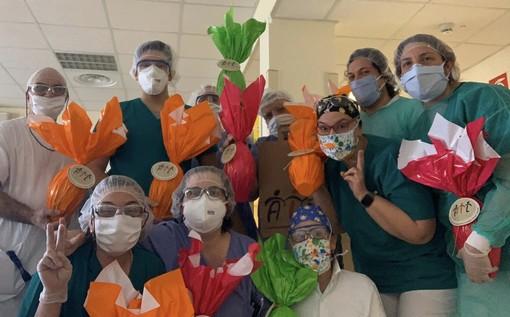 Un dono fatto di dolcezza e gratitudine dedicato agli educatori e agli operatori sanitari della Cooperativa Sociale Rembrandt al lavoro nella RSA Sant'Alessandra di Porto Valtravaglia