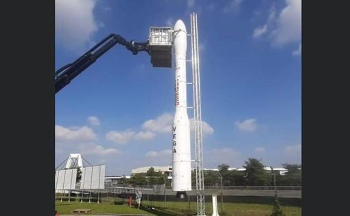 A Volandia si vola nello spazio: ecco il razzo italiano dei record