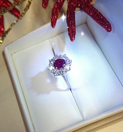 Perché regalare un gioiello proprio durante le feste di Natale