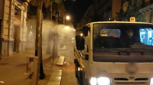 Lavaggio strade, si procede anche in periferia e nelle zone centrali dei rioni della città