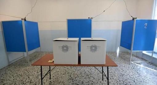 """Risultati Elezioni, le """"tendenze"""" indicate dal Tg La7. Il SI al 65%. Testa a testa in Puglia e in Toscana"""