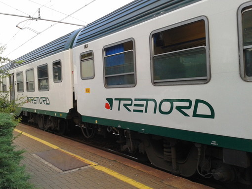 «Treni, la Domodossola-Gallarate-Milano e la Luino-Gallarate-Milano tra le peggiori linee in Lombardia: arriva lo sconto per i pendolari»