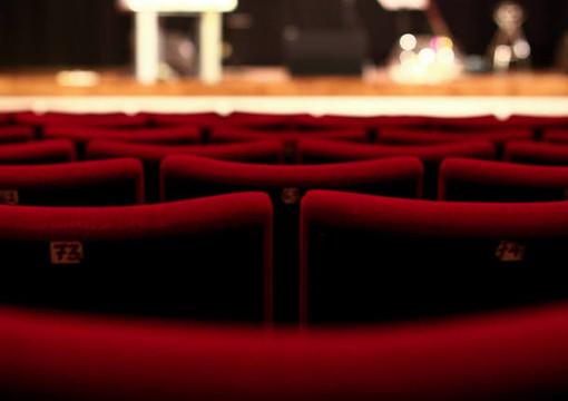 """Con """"Rumors"""" il teatro è solidale a Busto Arsizio"""