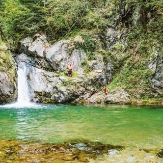 Canton Ticino, ecco i dieci luoghi magici per un bagno in solitaria