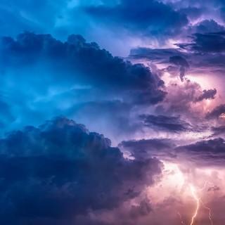 METEO. Notte di temporali: 48 millimetri di pioggia su Varese. Domani sera nuovo rischio nubifragi
