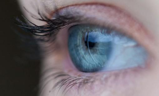 Malattie della retina, la campagna nazionale fa tappa a Varese: controlli gratuiti in piazza Repubblica