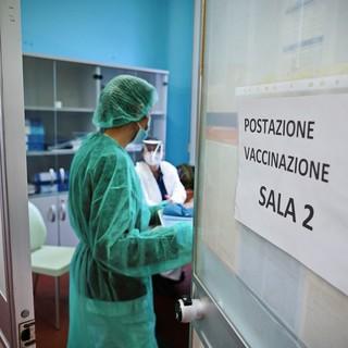 Vaccino anti-Covid: in Lombardia parte la terza fase