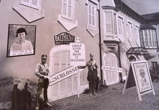 Il bar di Villa Mirabello tappezzato di cartelli contro l'amministrazione, Lega: «Dov'è la progettualità per Varese?»